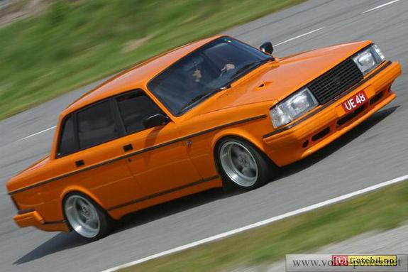 Volvo 240 Club-Knoxville-TN-Ideas « Hotcrowd's Blog